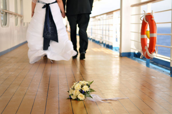 wedding cruises at sea